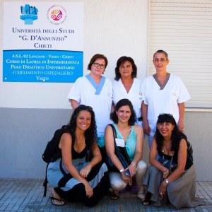 Con el equipo de la Escuela de Enfermería